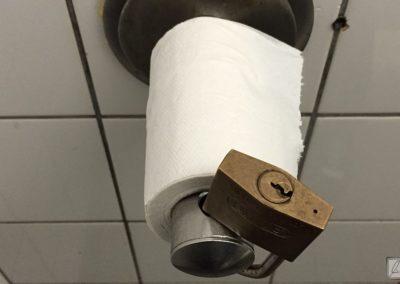 WC-Papier-Tresor in Kitzingen